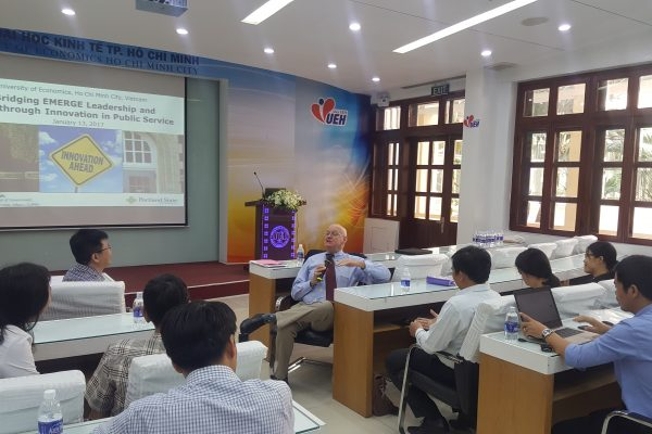 "Hội thảo ""Bridging EMERGE Leadership and Breakthrough Innovation in Public Service"""