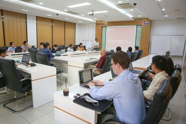 """UEH tổ chức hội thảo """"Đánh giá hệ thống kiểm tra chất lượng MEL"""" và """"Pause and Reflect Session"""" thuộc dự án Tăng cường năng lực cấp tỉnh của USAID"""