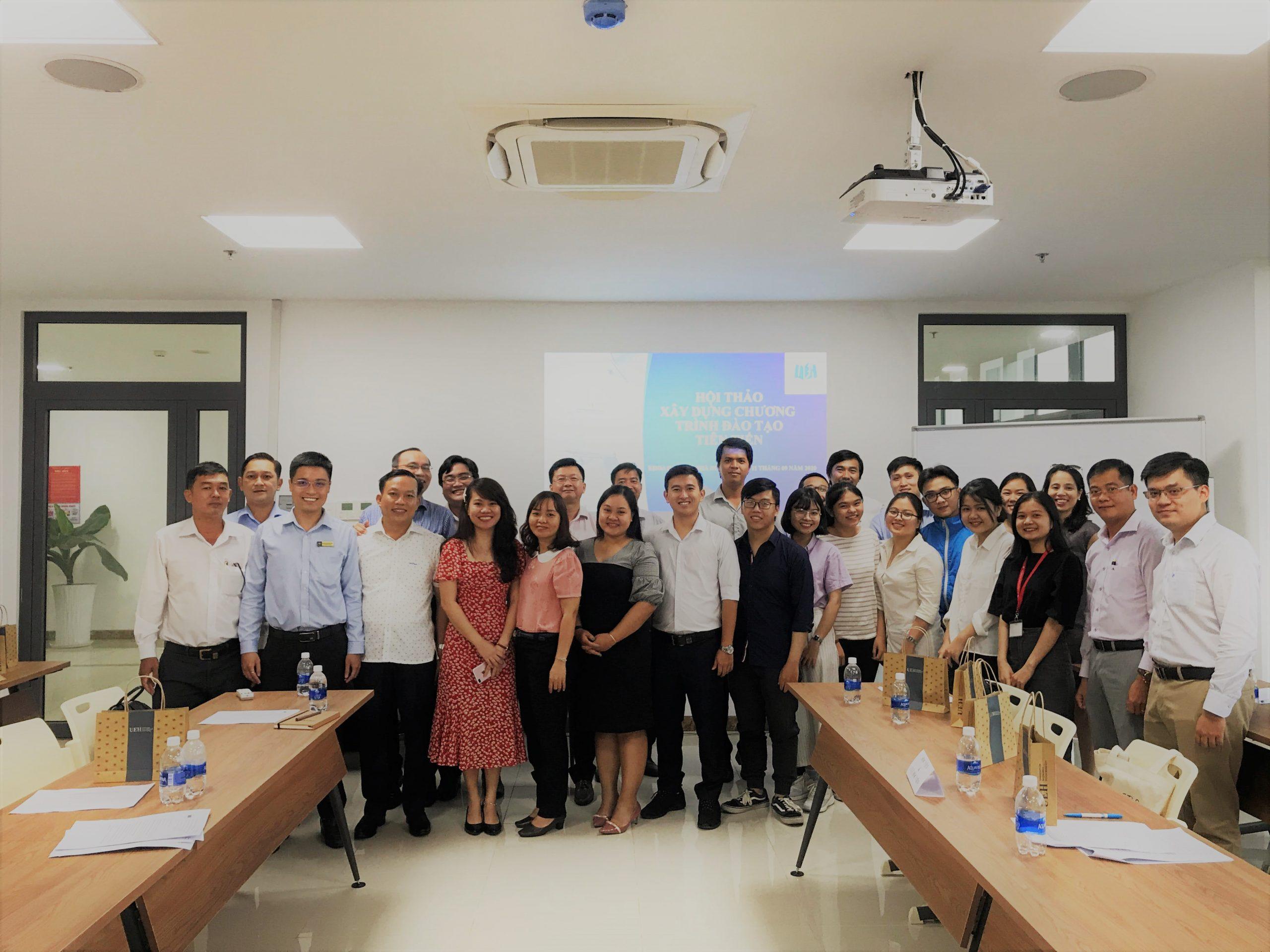 Khoa Quản lý Nhà nước tổ chức hội thảo xây dựng chương trình đào tạo Cử nhân tiên tiến ngành Quản lý Công
